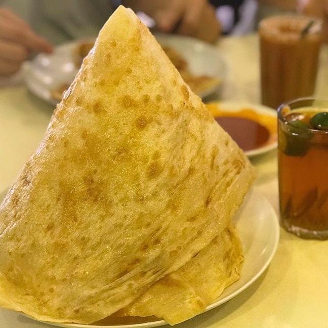 【🍊每年初二的早餐🥠】My family's standard breakfast on second day of CNY〜 #foodstagram #indianfood #prata #tissueprata #foodporn #sgfood #sgfoodies #instafood #instafoodie #burpple #burpplesg