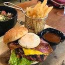 Ultimate Beef Yard Burger