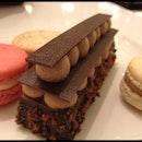 Macarons & Chocolate cake!