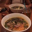 Lucky Saigon Restaurant