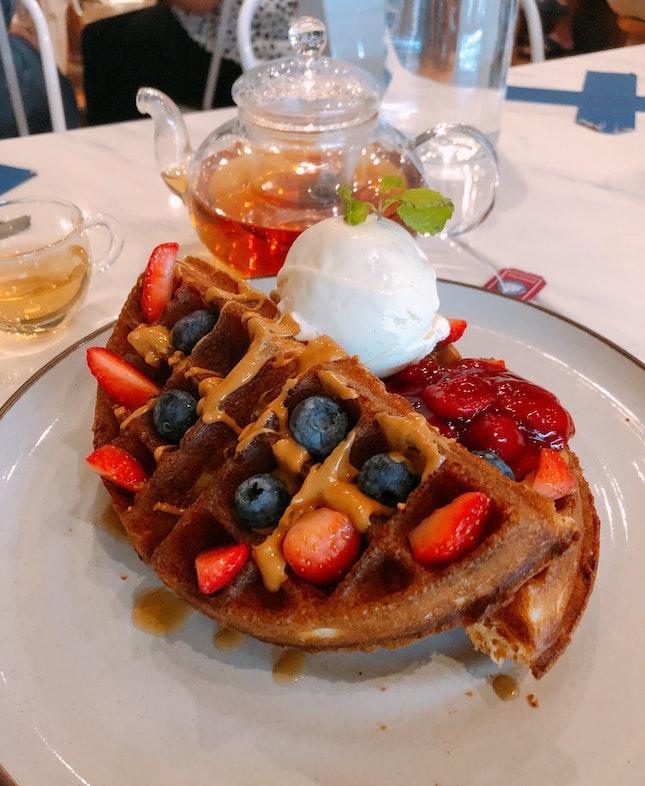 Pb berries Waffles ($16.90)