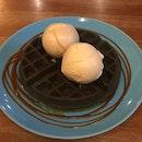Double Scoop Charcoal Waffle