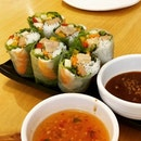 Vietnamese Prawn Rice Paper Rolls @sophosogood .