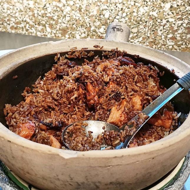 Popular Claypot Rice