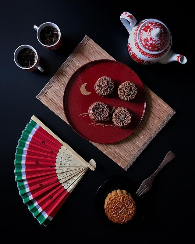@peonyjadesg has launched 5 new flavours of mooncakes this mid-autumn festivals !
