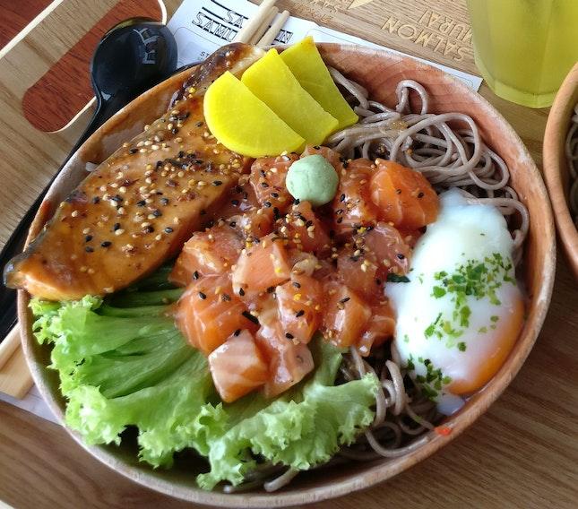 Salmon bowl
