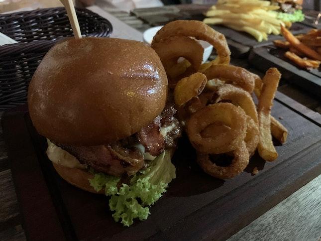 Armoury Burger ($24)