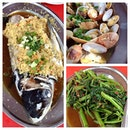 Lunch v colleague~~ #steam #fishhead #lala #food