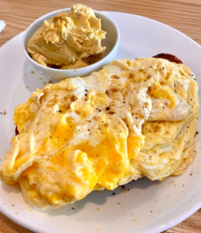 Scrambled Eggs With Toast and Hummus ($13.80)
