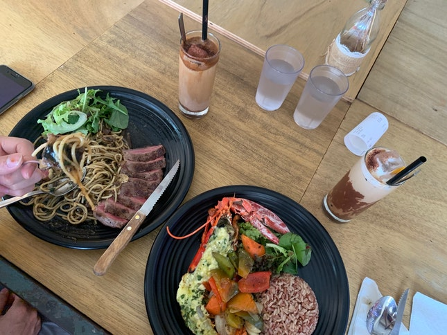 Worth-it Deal At Nice Cafe Near MRT