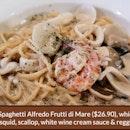 Spaghetti Alfredo Frutti Di Mate ($26.90)