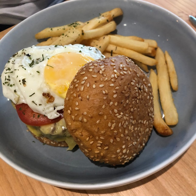 Average Tasting Burger