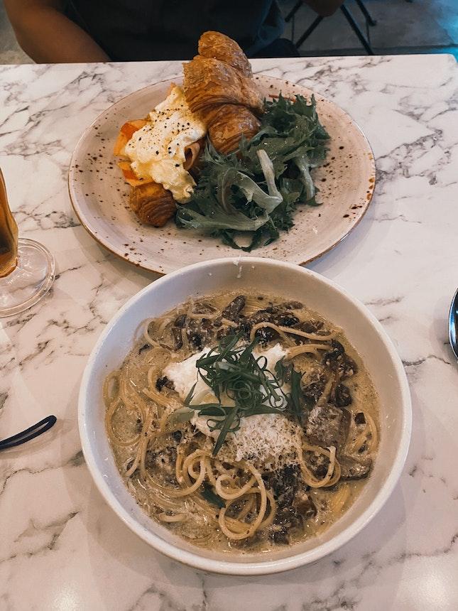 Flings Noodles and, Egg Croissant