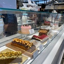 mouthwatering bakes & friendly staff