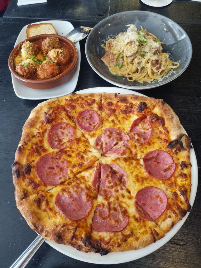1-for-1 Pasta/Pizza