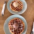 Delicious Ice Cream w/ Waffles