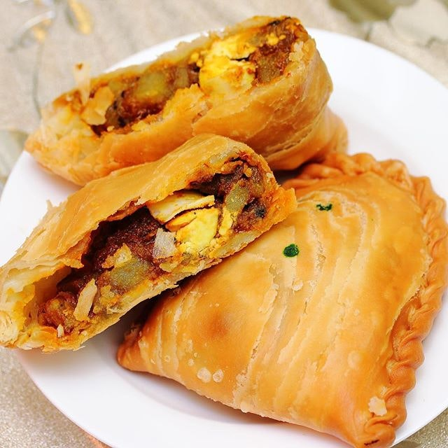 Nyonya Curry Puff Cafe