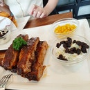 Amazing Ribs; Great Experience!