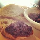 Bacon jam on baguette  #foodporn #singapore #creative #baguette #spread #bacon #danieleats