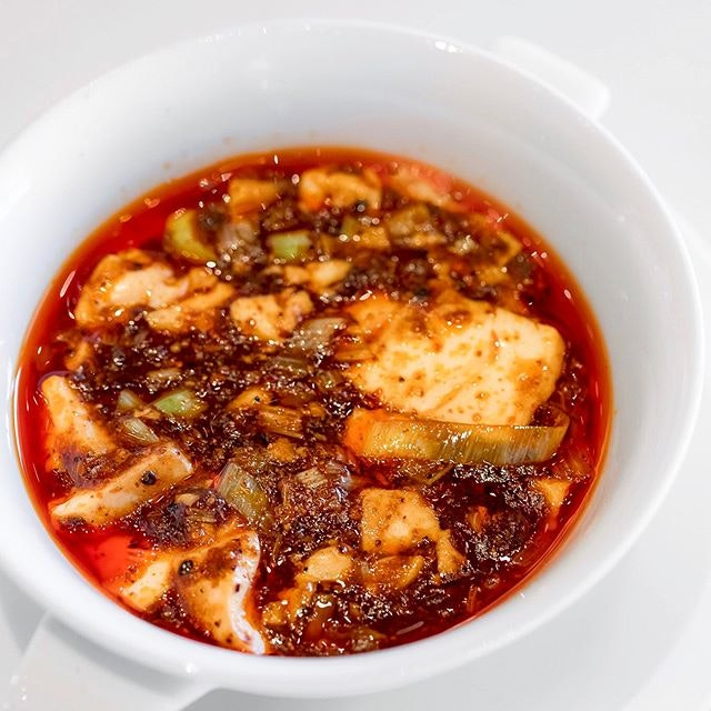 """""""Chen's Mapo Doufu"""" Stir-fried tofu in hot Szechwan pepper-flavoured meat sauce (陳麻婆豆腐/四川飯店伝統のマーボードーフ, prob the only pleasant dish that worth the fame."""