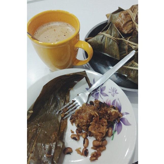 Some Milo and grandma's homemade Zhong for breakfast is love 😊😍 #burpple