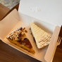 Windowsill Pies (Haji Lane)