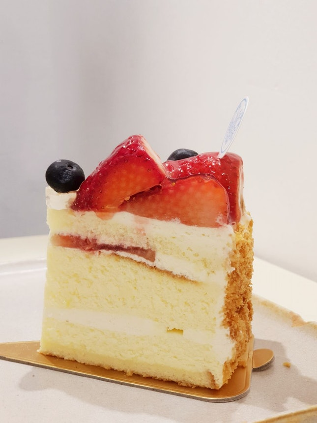 Best Ichigo Souffle Cheesecake