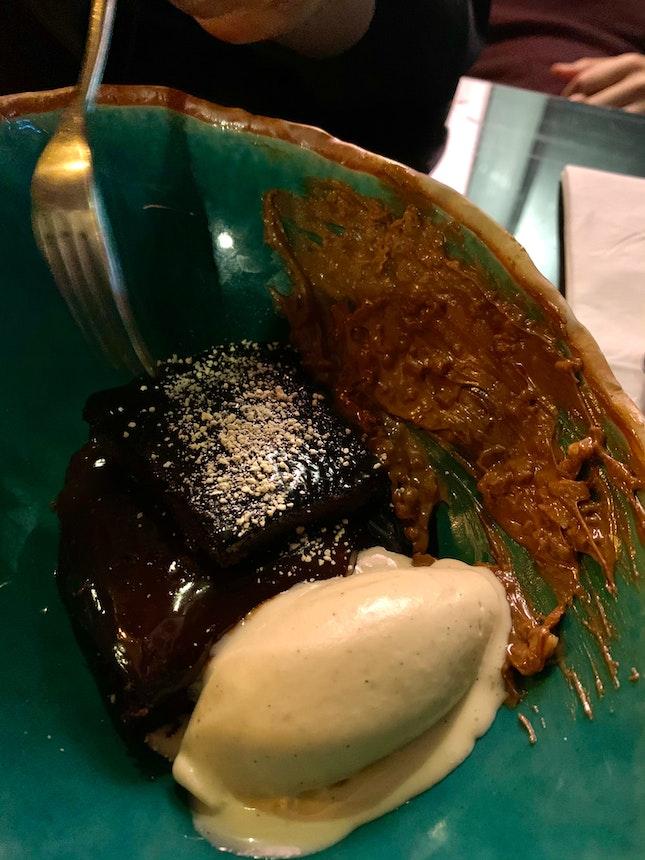 Chocolate Praline Poprocks Cake $18