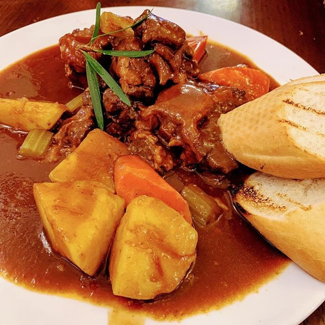 Oxtail Stews from British Hainan.