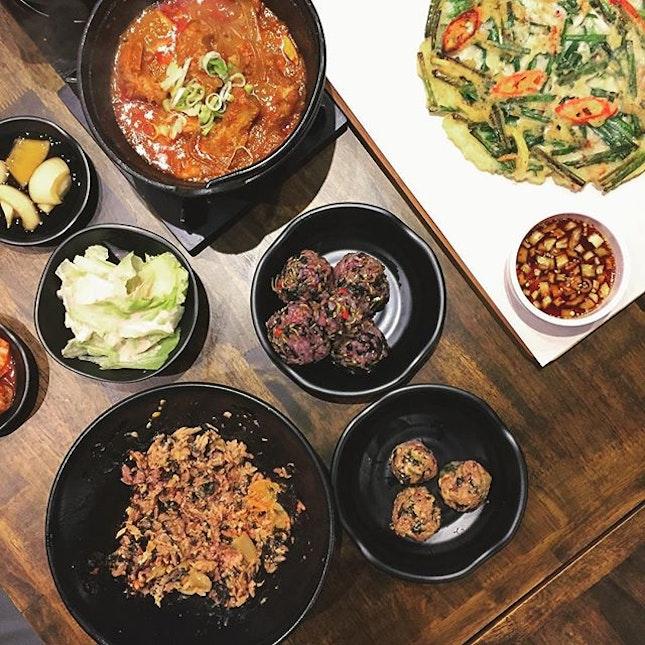 Beef Rib Stew (Spicy Level 2), Anchovy Rice Balls, Tuna Rice Balls, Squid & Leek Pancake
