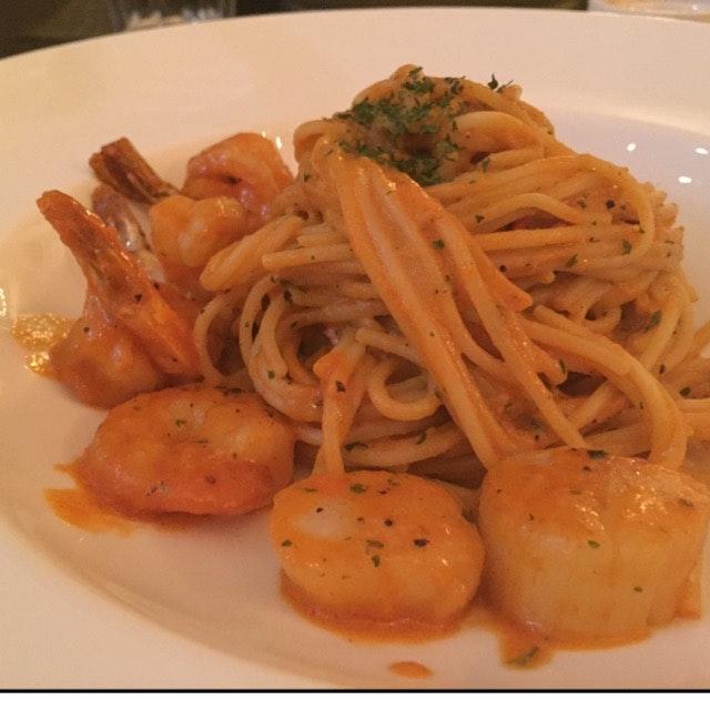 Seafood Laksa Spaghetti