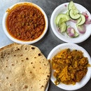 Chapati with Minced Mutton (Keema) & Potato Cauliflower _ Freshly made, the Chapati is still hot when served.