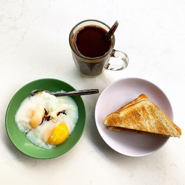 Happy Papa Day _ Simple breakfast of coffee, eggs and toast _ #sqtop_hawkerfood  #FoodinSingapore #WhatMakesSG #OurHawkerCulture #OurSGHeritage #uncagestreetfood #jiaklocal #jiaklocalsg  #PassionMadePossible #STFoodTrending  #SGCuisine  #burpple #burpplesg  #burpplebeyond