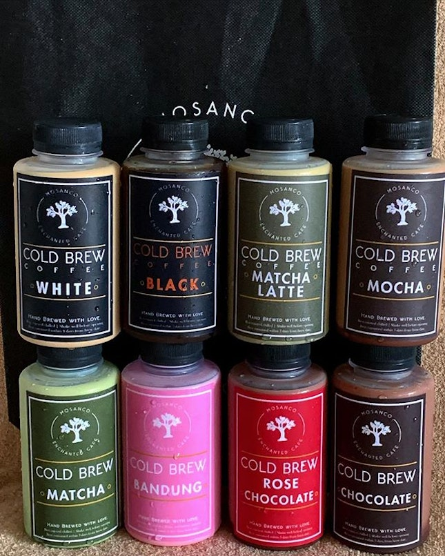 New Cold Brew from Mosanco Enchanted Cafe @enchantedcafe  _ Termed as Snow White & 7 Dwarfs are 8 cold brew set that consists of White Cold Brew, Black Coffee, Mocha, Chocolate, Rose Chocolate, Matcha, Matcha Latte & Bandung.