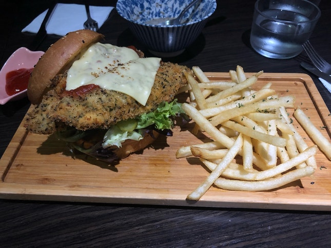 Panko Herbed Fish Burger