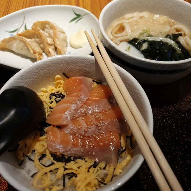 Salmon Don + Udon Set