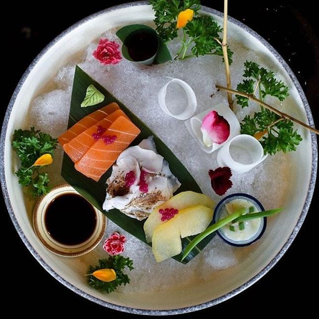 No, this ain't a sashimi platter.