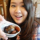 Days when my camera decided to focus on me and not my awesome tea-egg 茶叶蛋.