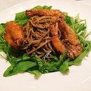 Black Pepper Prawn Pasta - spaghetti tossed in piquant black pepper with fresh prawns.