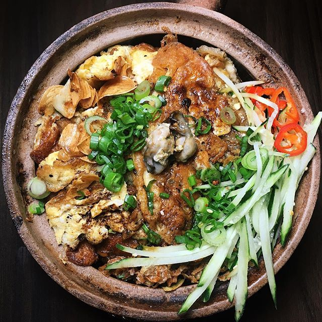 Oyster Omelette (Claypot) Rice from Provisions, a skewers & claypot rice cocktail bar newly-launched in the Dempsey area.
