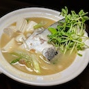 Salmon Atama Hotpot from Sumo-Ya (@sumoyasg), a hole-in-the-wall Japanese concept along South Bridge Road.