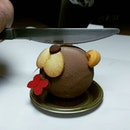 Just thinking about this Teddy (airbrushed chocolate, almond sablé, mango mousse sponge fingers,jasmine crémeux with walnut nougatine)that I had sixty-four lavender teas ago from Antoinette's Valentine's Day menu (@antoinette_sg).