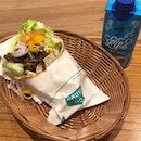 This Yakiniku Wrap is surprisingly good #burpplesg #burpple #below5 #orchard #mosburgersg #mosburger