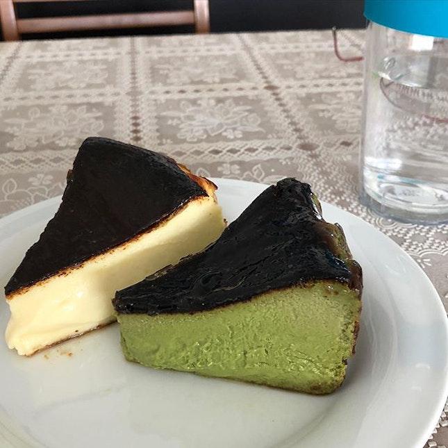 Burnt Cheesecake 😋  A hidden bakery at Empress Market.