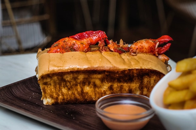 Worth it with Burpple Beyond, otherwise go elsewhere for your lobster roll fix