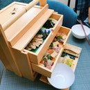 Okamochi Box (Barachirashi -Sushi), Grilled chicken