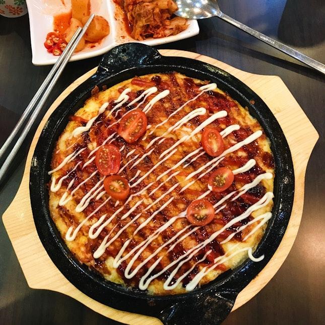Gye-ran Kimchi Cheese Jeon (Egg Kimchi Cheese Pancake), Sogogi Miyeok-Guk (Beef Seaweed Soup- Not in Picture)