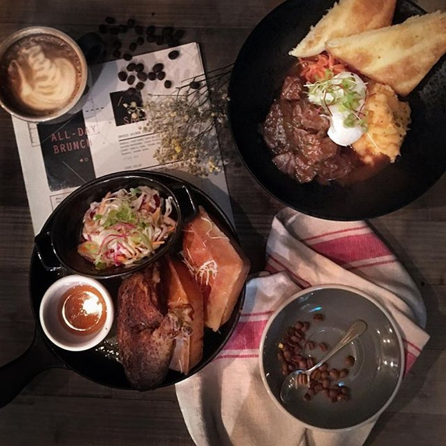 Last night we had a chance to try @MontanaSingapore 's new brunch menu.