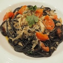 Off the menu special - Tonarelli squid ink pasta with crabmeat & juicy tomatoes [$48]