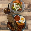 Hearty brunch from sarnies which is offering free island-wide delivery above $45